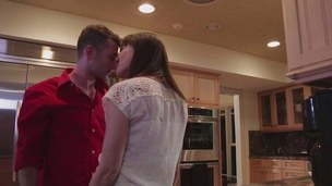 hot mom kissing